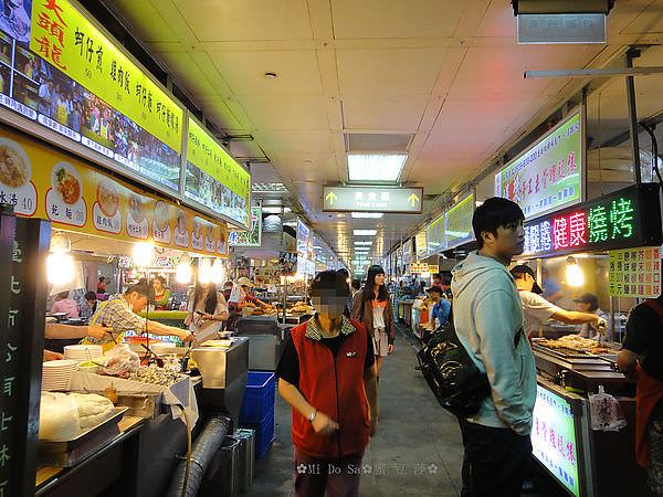 ✿士林夜市✿美食街&沙茶羊肉+半夜開的熱炒攤✿