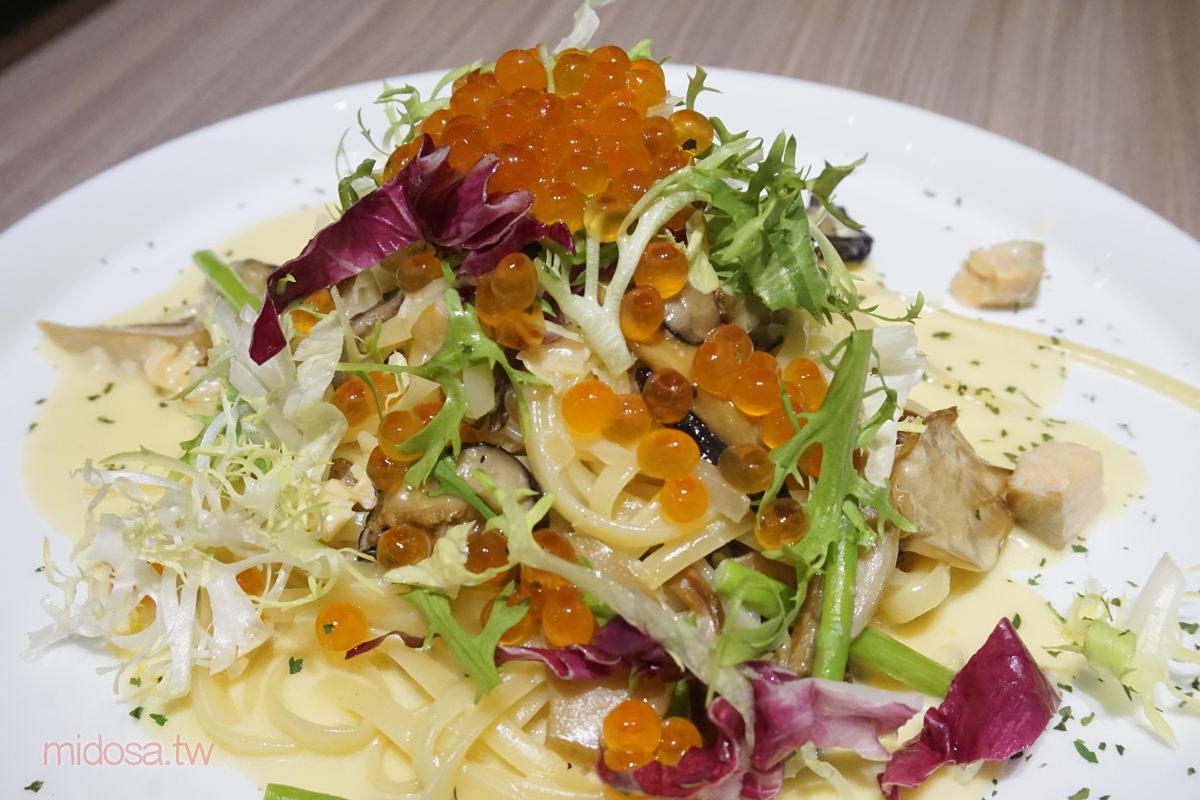 楓露廚房 鮭魚卵親子義大利麵