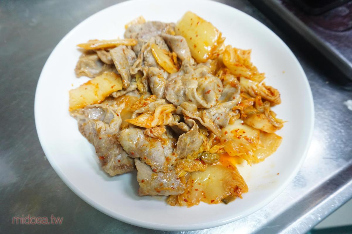 三分鐘上菜 泡菜炒豬肉 超簡單快速料理 第一次下廚也能輕鬆完成